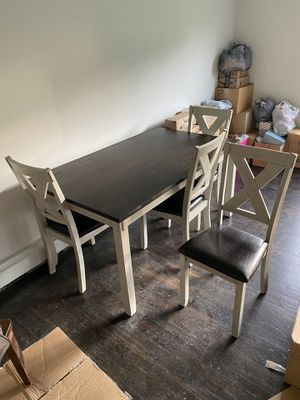5 piece dining set for Sale in Port Washington, WI