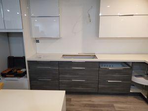 Acrílic kitchen cabinets for Sale in Miami Gardens, FL