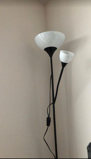 Floor Lamp with 2 extra free bulb for Sale in Seattle, WA
