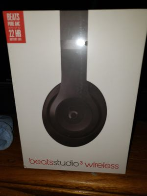 NEW IN BOX DR DRE BEATS STUDIO 3 WIRELESS BLACK PRICE IS FIRM for Sale in Colton, CA
