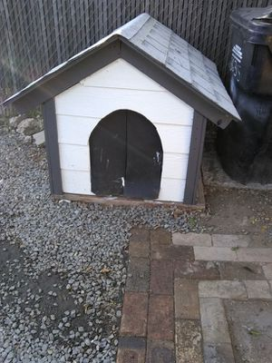 Custom dog houses for Sale in San Diego, CA