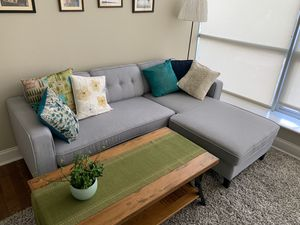 Sectional Couch - Seats 3-4 people comfortably for Sale in MIDDLE CITY WEST, PA