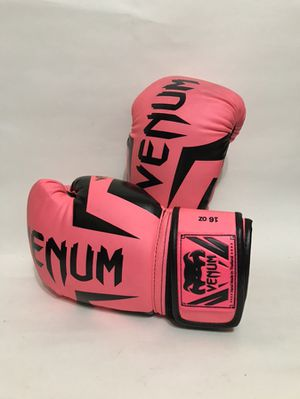 Venum 16oz Boxing Gloves Used for Sale in Los Angeles, CA