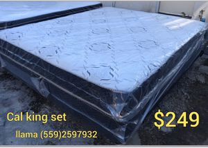 Cal king set for Sale in Fresno, CA