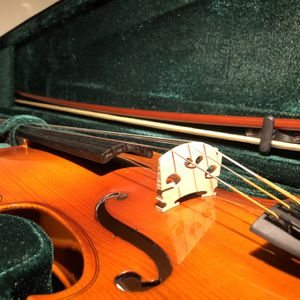 Violin II Troubadour + Case&Bow - New (NEED TO SELL ASAP) for Sale in Cedar Park, TX