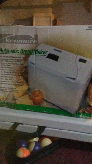 Kenmore. Automatic bread maker for Sale in Ocoee, FL