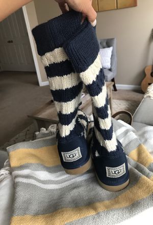UGG booties shoes (used) - Size 7 for Sale in Lawrenceville, GA