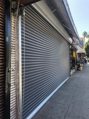 Commercial roll up doors for Sale in Gardena, CA