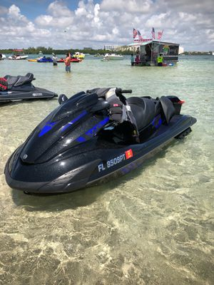 2014 Yamaha fzr sho low hours for Sale in North Miami Beach, FL