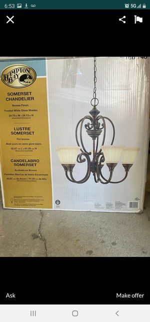 Hampton Bay Somerset Chandelier for Sale in Los Angeles, CA
