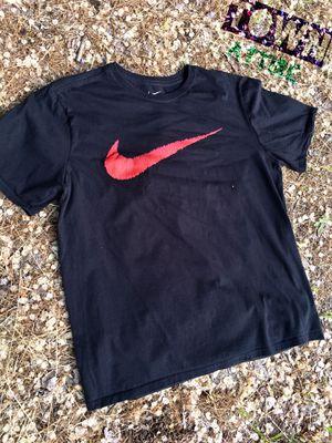 Men's Nike shirt size large for Sale in Wenatchee, WA