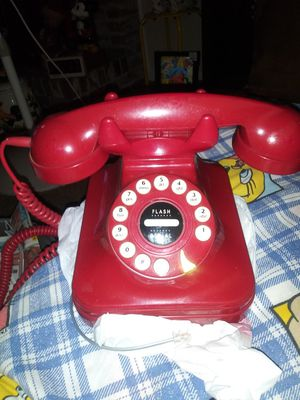 Red phone i use in room nite stand for decoration dont know if it works selling for 20.00 for Sale in Stockton, CA