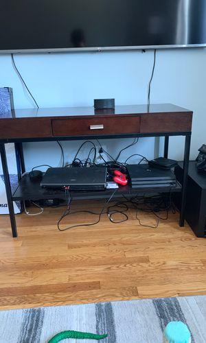 Tv stand/ desk for Sale in Worcester, MA