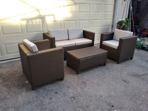 Outdoor patio conversation set for Sale in Chatsworth, CA