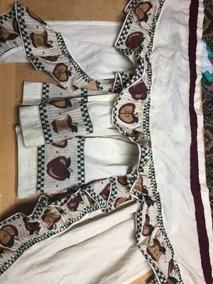 5-Piece Kitchen Curtains for Sale in West Springfield, VA