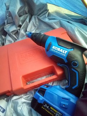 Kobalt drill with Black and Decker drill bit set for Sale in Portland, OR