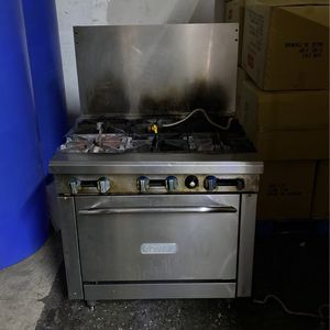 Royal Oven range for Sale in Merced, CA