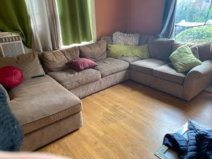 Macy's Sectional couch for Sale in Seattle, WA