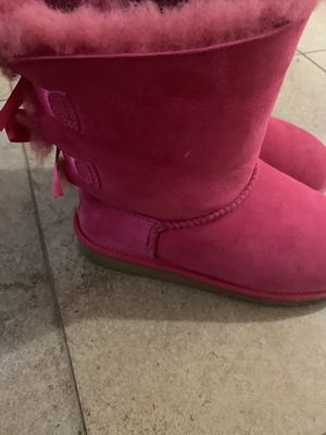 Uggs size 3 for Sale in BOWLING GREEN, NY