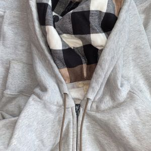 Burberry Hoodie Xxl for Sale in West Haven, CT