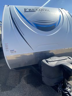 Freedom express 27ft for Sale in Dover,  FL