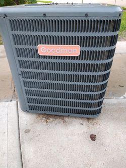 HVAC R22 condensador unidad de Aire acondicionado HVAC R22 air conditioning unit for Sale in Grand Prairie,  TX