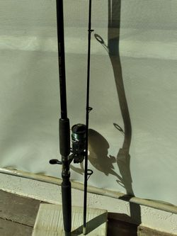 NICE MED ACTION SHIMANO SPINNING COMBO for Sale in Spring Valley,  CA