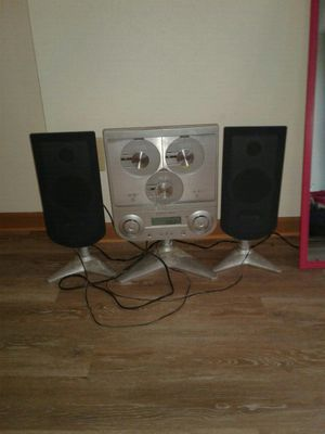 Sharper image home stereo system for Sale in Columbus, OH