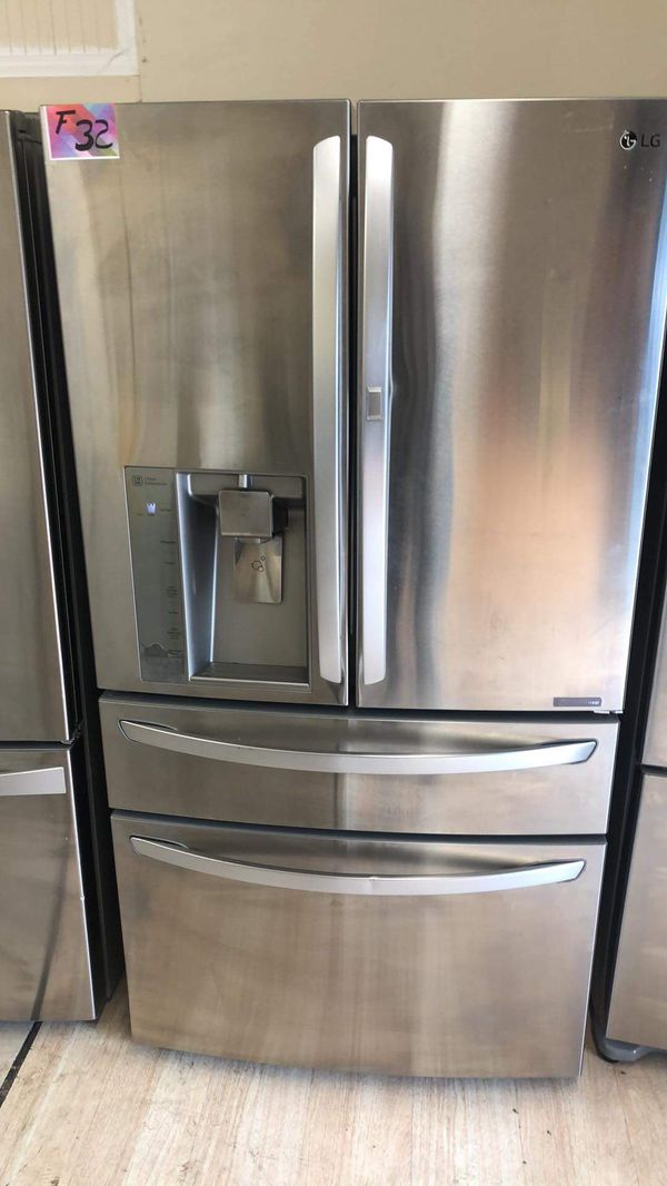 Refrigerator French door fridge with easy access
