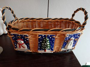 Christmas Wicker Basket Decor for Sale in Pembroke Pines, FL