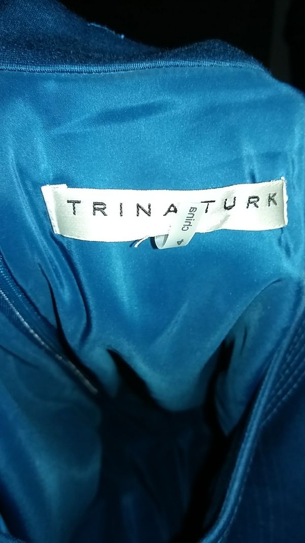 (PENDING PICK UP) FREE Trina Turk size 4 dress with pockets