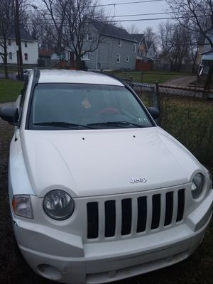 2007 Jeep compass sport 4x4 for Sale in Youngstown, OH