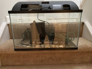 Fish tank with all the accessories for Sale in Columbus, OH