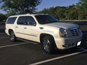 Price$12OO Escalade 2007 for Sale in Washington, DC