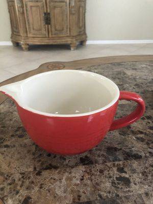 Large gravy boat or cup for Sale in Lake Worth, FL