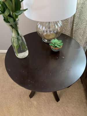 Bombay side table for Sale in Puyallup, WA