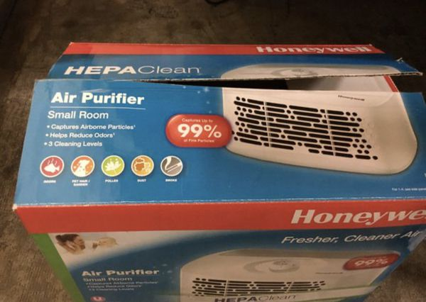 Table top air purifier