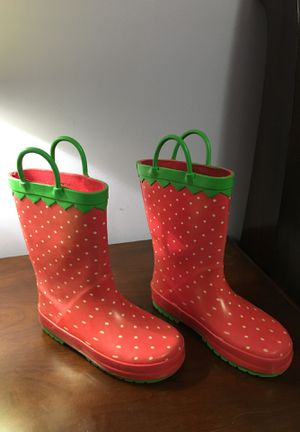Rain boots for Sale in Wendell, NC