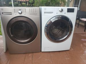 KENMORE ELITE SILVER STEAM WASHER AND ELECTRIC STEAM DRYER SUPERCAPACITY WITH LG TEGNOLOGY for Sale in Hialeah, FL