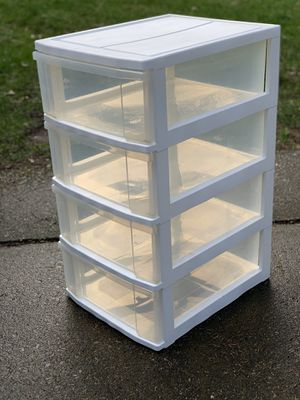 NICE four plastic drawer storage for Sale in Renton, WA