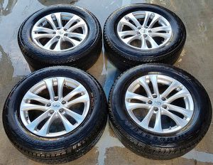 "2009 2010 2011 2012 2013 20114 2015 20162017 INFINITI FX35 FX37 FX50 QX70 18"" INCH WHEEL RIM W/TIRE (SET OF 4) for Sale in Fort Lauderdale, FL"