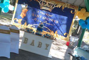 Background de royal prince for Sale in Hialeah, FL
