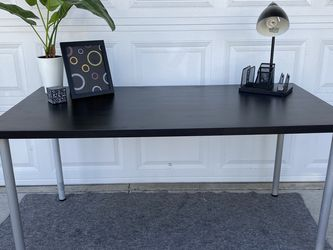IKEA desk with lamp, frame for Sale in Irvine,  CA