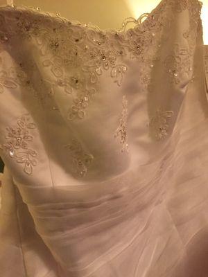 Brand new Davids bridal wedding dress 18w with tags for Sale in Washington, DC