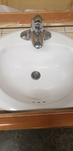 """Vanity with sink, faucet and mirror 47"""" for Sale in Lynnwood, WA"""