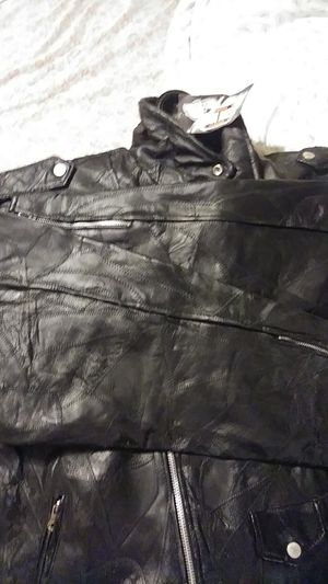 Motorcycle hawghide leather gear rideing jackit for Sale in Loma Linda, MO
