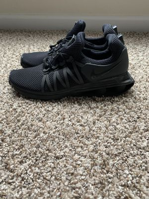 Nike Shox Gravity Men's Training Shoes Triple Black for Sale in Elk Grove, CA