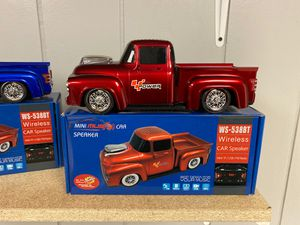 Bluetooth speaker pick up truck toy with lights for Sale in Orland Park, IL