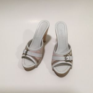 Authentic Pink Shliesbet Burberry Heels for Sale in Chantilly, VA