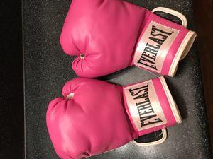 Everlast Boxing Gloves for Sale in Morrow, GA